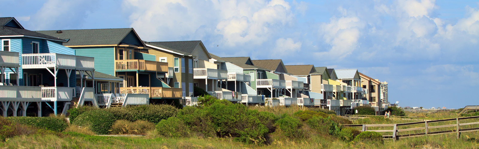 a row or beach homes